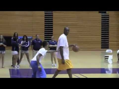 KOBE BRYANT VS BOW WOW!!!