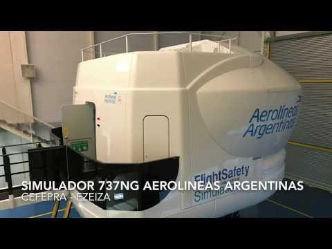 Volando en un simulador de Boeing 737 de Aerolíneas Argentinas