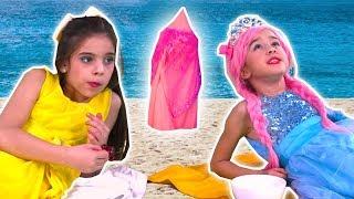 MAGIC TELEPORTATION TENT - Olivia & Lilliana Go On Holiday - Princesses In Real Life   Kiddyzuzaa