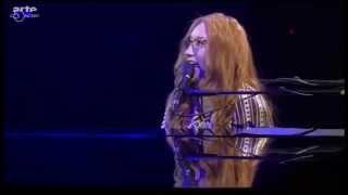 "Tori Amos ""Bliss"" (2015 Baloise Session)"