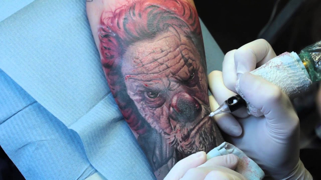 Famoso Alex De Pase - How it's made! - The Old Clown - Realistic Tattoo  UN32