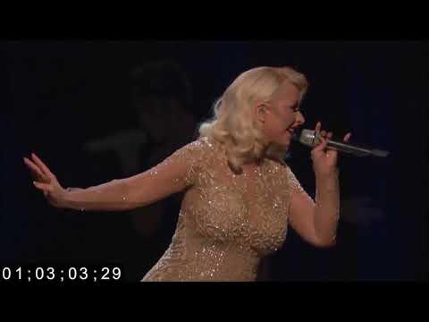 Christina Aguilera - Whitney Houston Hologram Performance (The Voice)