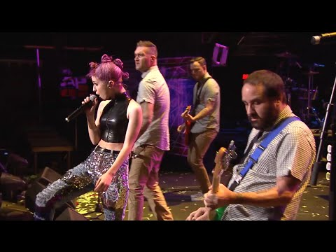 "APMAs 2015: New Found Glory perform ""Vicious Love"" with Hayley Williams [FULL HD]"