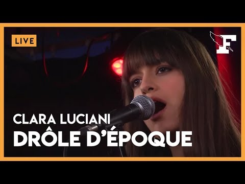 """Clara Luciani - """"Drôle d'Epoque"""" dans la session Figaro Live Musique"""