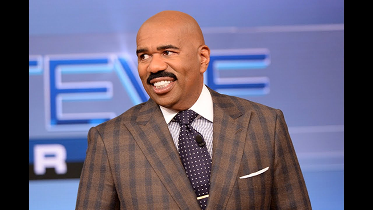 Conservative Twins Steve Harvey Says President Trumps Wants To Bring Back Slavery