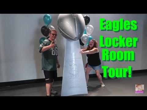 Philadelphia Eagles LOCKER ROOM & Stadium Tour! Lincoln Financial Field! | Laliland