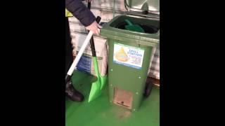 Oil Absorbent Sponge Demo on Used Engine Oil