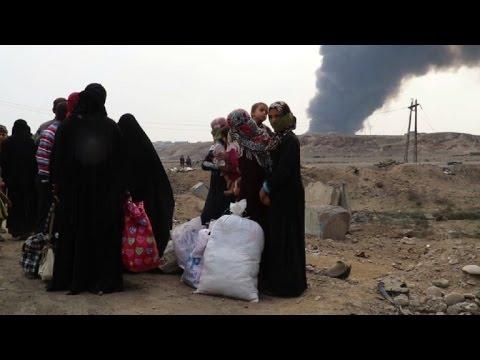 """El éxodo de los iraquíes que huyen del """"califato"""""""