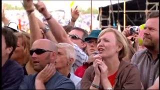 NEIL DIAMOND - FOREVER IN BLUE JEANS , IM A BELIEVER , AMERICA  (LIVE-2008)