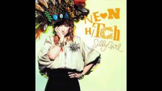 Neon Hitch - Silly Girl [Audio]