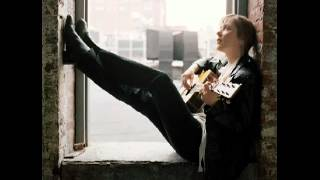 Watch Suzanne Vega Ironbound Fancy Poultry video