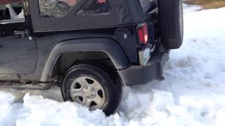 the wife got her jeep stuck
