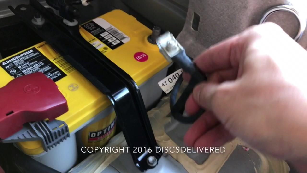 3rd generation toyota prius 12volt battery installed in 4k youtube. Black Bedroom Furniture Sets. Home Design Ideas