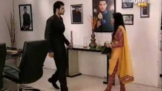 Arjun Arohi - Arjun Throws Cake On Arohi's Face