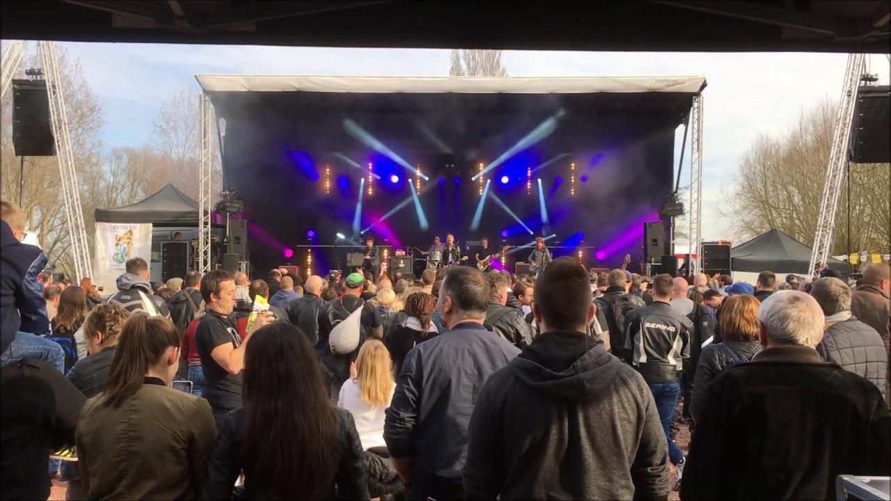 Concerts pecquencourt 2017 vid o de la r gie youtube for Salon de pecquencourt