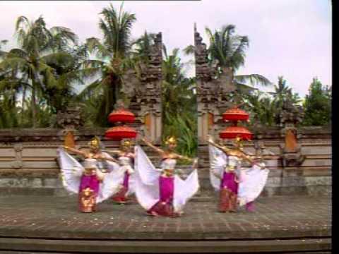 Vacation to Bali : Watch Balinese Dance : Tari Belibis