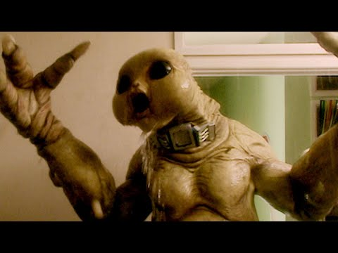 How To Blow Up A Slitheen (HD) | World War Three | Doctor Who