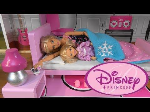 Barbie vs. Princess Cinderella Morning Routine Story with Barbie Sparkle Mansion, Cinderella Castle