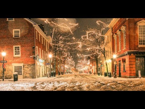 America's 10 Best Small Towns For Christmas Celebration