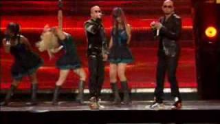 Wisin y Yandel en concierto - besos mojados