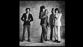 1971年に『スティツキー・フィンガーズ』をリリースした際に、ミック・...