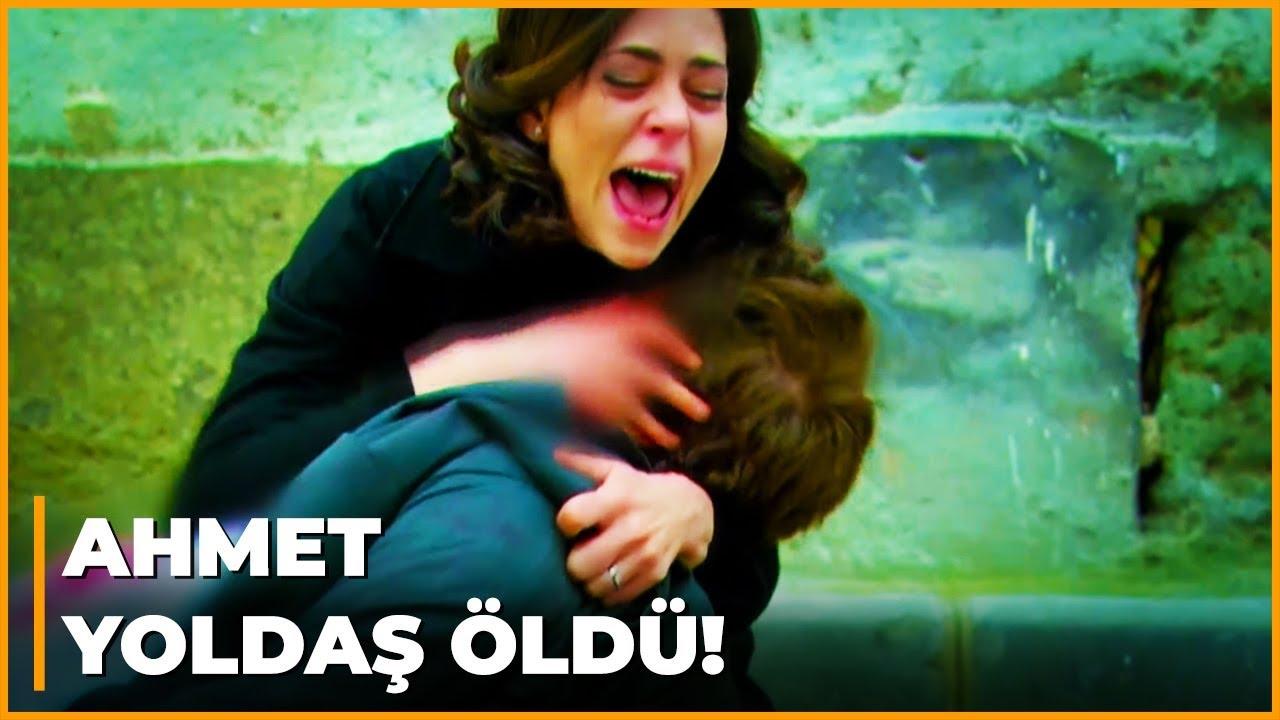 Ahmet, Berrin'in Kollarında Can Verdi! - Öyle Bir Geçer Zaman Ki 106. Bölüm