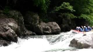 ラフティング水上(春)  紅葉峡のザ・ウォール