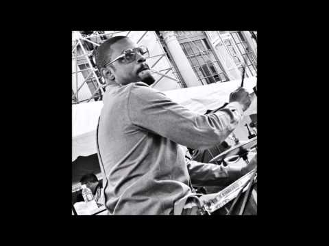 Karriem Riggins - Classic Instrumental