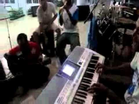 berjuta tangan, team music BYM