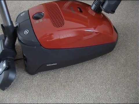 Miele S4780 Cylinder Vacuum Cleaner Demonstration & Review
