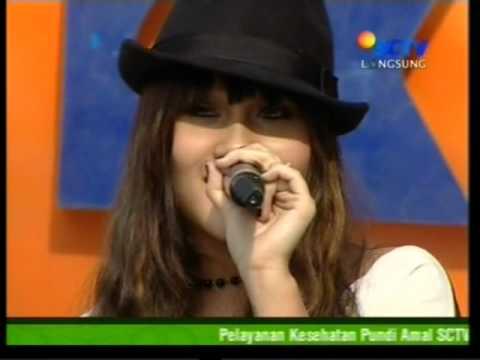 ALANA  - CINTA PERTAMAKU LIVE DI INBOX (COURTESY SCTV)