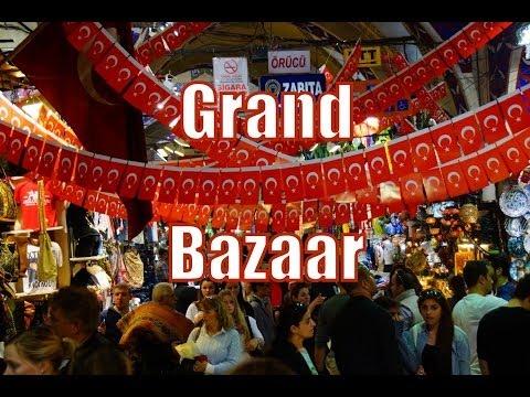 Shopping at the Grand Bazaar in Istanbul, Turkey (Kapalıçarşı - Büyük Çarşı)