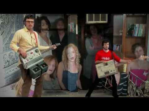 carol brown flight of the conchords