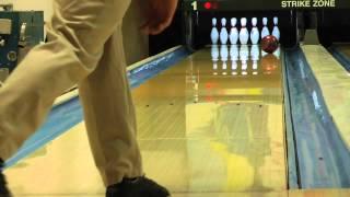 Brunswick Strike King Bowling Ball Reaction Video Ball Review {vs} the Brunswick Slingshot