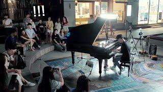 남학생의 폭주하는 미친 피아노 연주 ㄷㄷ
