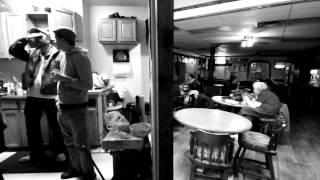 Смотреть клип Future Islands - Grease