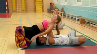 Занятие по парной йоге