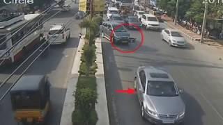 INNOVA Vs CAR Accident | Caught By CCTV in Tirupati | Live Accidents in India