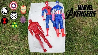 Marvel Yenilmezler Süper Dev Buz Kütlesi Donmuş Oyuncakları Kurtarıyoruz