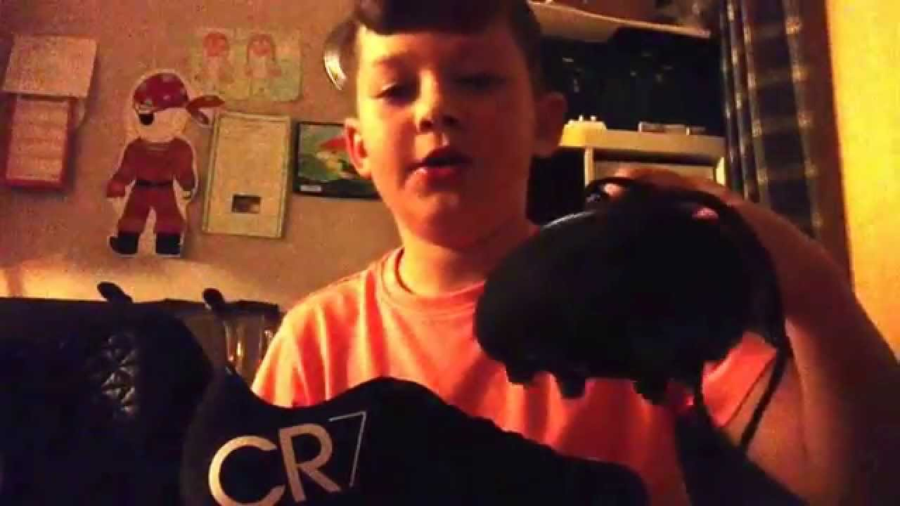 Nike CR7 Football Boots Review - YouTube 313faa488f62