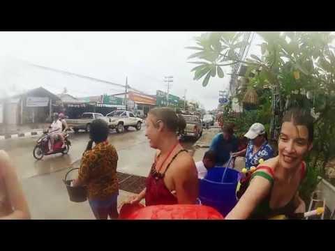 Гид по Самуи 2013. Тайский Новый год - Сонгкран!