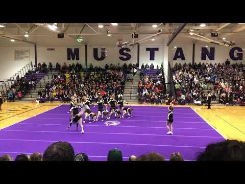 Grayslake North Varsity Cheer @ RMHS 2017