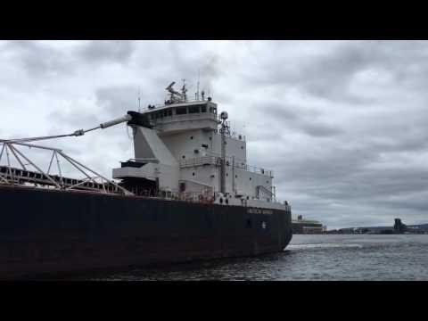 American Mariner departing Duluth September 16,2016