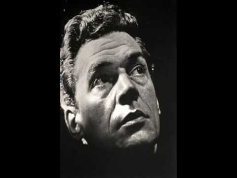 Paul Scofield's Hamlet: To Be or Not To Be
