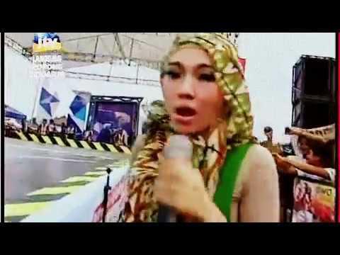 Aku Memilih Setia by  Via Vallen (pakai hijab)   OM  SERA