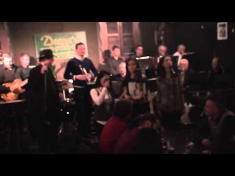 New York -New York..Friday Night @Deanes Irish Pub