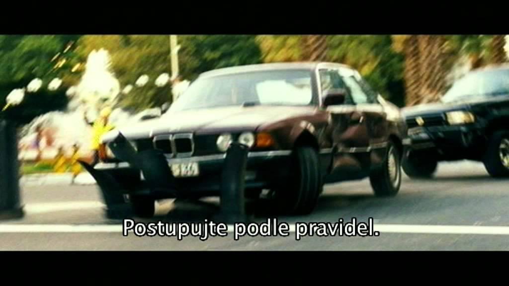 Nepřítel pod ochranou / Safe House (2011) - český trailer