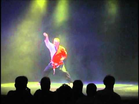 Kata de vitesse<br><span>Shihan Ronald Denis au Taikido Show 2007.</span>