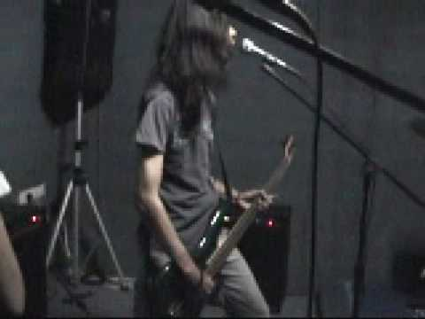 THE FRACTURED - Death Zone (2006 rehearsal) -malaysia