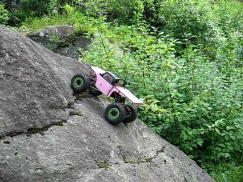 AX10 Crawling in Degerfors.